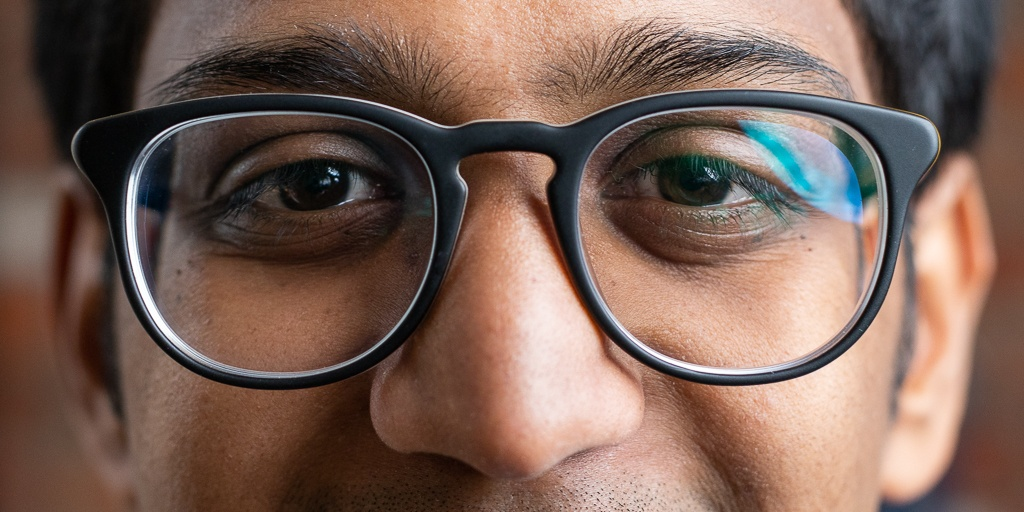 Should You Buy Your Next Pair of Eyeglasses on the Internet?